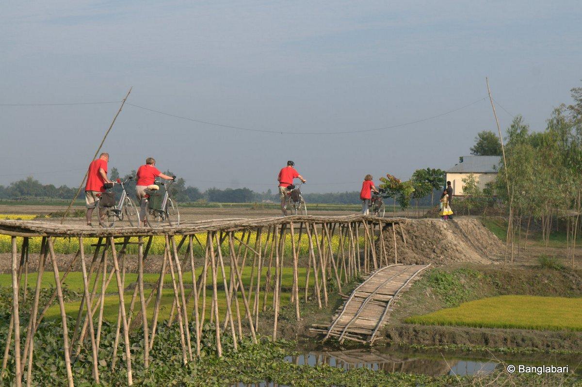fietsen in bangladesh, een heel avontuur